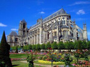 Бурж Франция
