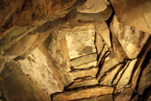 newgrange interior1