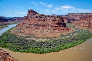 depositphotos_52356495-Canyonlands-National-Park-Landscape