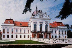Дворец-Гёдёллё